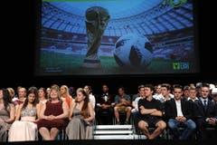 Auch die Lehrabschlussfeier in Altdorf stand im Zeichen der Fussball-WM.