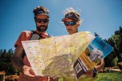 Fit mit Karte: Das Feriengebiet wartet mit Trails für Läufer und Biker auf – und mit den nötigen Infos. (Bild: Marc Daviet)
