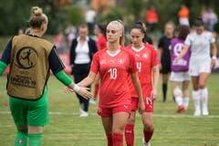 Enttäuschung bei Alisha Lehmann nach der Niederlage. Bild: Urs Flüeler / Keystone (Zug, 21. Juli 2018)