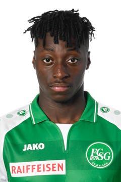 Axel Bakayoko: Note 4. Das Début des Leihspielers von Inter Mailand startet wacklig. Bakayoko, eigentlich ein Offensivakteur, steigert sich und spielt gute Pässe.