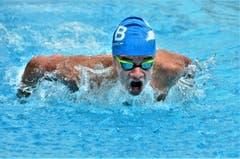 Die Nachwuchs-Schwimmer preschen durch das Wasser. (Bilder: Max Eichenberger)