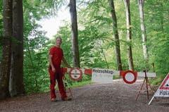 Revierförster Ernst Vetsch und seine Kollegen versuchen möglichst gut über Waldarbeiten zu informieren.