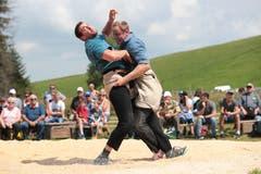 Beat Kennel (links) gegen Armin Reichmuth. (Bild: Roger Zbinden (Zug, 22. Juli 2018))