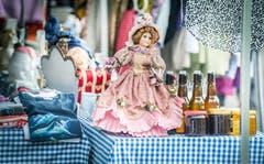 Impressionen vom Flohmarkt auf dem Marktplatz in Weinfelden. (Bild: Andrea Stalder)