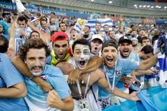 Am Ende zelebrieren aber die Fans von Uruguay den Sieg ihres Teams im Achtelfinal gegen Portugal. (Bild: AP Photo/Andre Penner, Sotchi, 30. Juni 2018)
