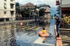 In Lugano kam es zu Überschwemmungen. (Bild: Karl Mathis / Keystone, 9. August 1978)