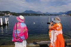 Touristen am Schwanenplatz in Luzern (Bild: Josef Müller)