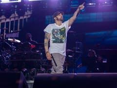 Eminem fordert das Publikum auf mitzusingen. (Bild: Jeremy Deputat)