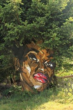 "Kann man immer noch bewundern: Skulptur ""Facetime"" von Simon Berger. (Bild: Irene Wanner)"