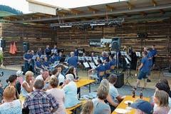 Die Musig Gähwil war auf der eigens erstellten Festbühne Teil des Unterhaltungsprogramms und führte dazu ein eigenes Festzelt.
