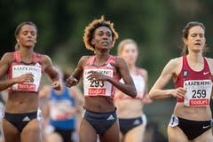 Natoya Goule (Jamaika) gewinnt über 800 Meter in 2:00:33. (Bild: Urs Flüeler / Keystone (Luzern, 9. Juli 2018))