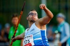 Bruno Schürch vom LC Zürich wird beim Speerwerfen Siebter. Sein Speer fliegt auf 68.08 Meter. (Bild: Urs Flüeler / Keystone (Luzern, 9. Juli 2018))