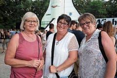 Dora Schedler, Daniela Truninger und Gerda Brönnimann haben unterschiedliche Vorlieben, um ihren Durst zu löschen. (Bilder: Andreas Taverner)