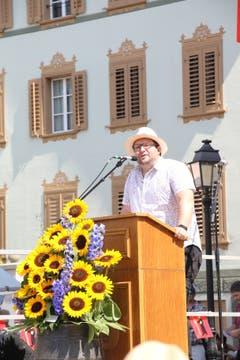 Festredner Markus Stadelmann strich die Gemeinsamkeiten zwischen Altdorf und Glarus hervor. (Bild: Carmen Epp (Altdorf, 1. August 2018))