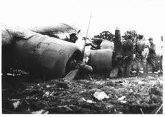 Nur die Motoren sowie Teile der Flügel und des Leitwerks wurden vom Feuer verschont. Der Rumpf des Langstreckenbombers brannte vollständig aus. (Bild: Warbird.ch)