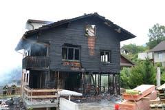 Das Haus ist innen fast völlig ausgebrannt. (Bild: Lucien Rahm (Malters, 13. August 2018))