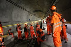 Imposante Bilder innerhalb des Gotthard-Basistunnels. (Bild: Carmen Epp, 13. August 2018)