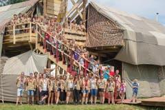 Aufgereihte Pfadfinder im Kantonslager «LUpiter18» in Escholzmatt. (Bild: Dimitri Gwinner v/o Sherpa)