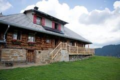 In dieser Hütte lebt die Familie den Sommer über. Bild: Corinne Glanzmann (Flühli, 08. August 2018)