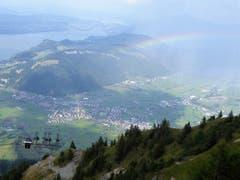 Gewitter über Ennetbürgen und Buochs, aufgenommen vom Stanserhorn (Bild: Hans Steiner)