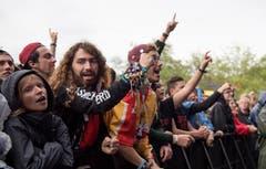 Die Toten Hosen auf der Allmend Luzern. Publikum, Fans während der Vorgruppe «Feine Sahne Fischfilet». (Bild: Corinne Glanzmann (Luzern, 25. August 2018))