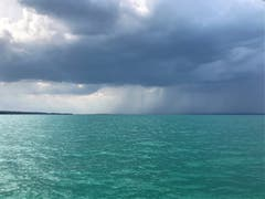 Stimmung auf dem See vor dem Sturm bei Romanshorn. (Bild: Peter Staub)