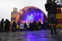 Das viele Nass passte zum Seefahrer-Motto des 15. Clanx-Festivals. (Bild: hrt)