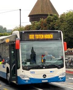 Vbl-Extra-Bus für die Fans der Toten Hosen. (Leserbild: Robert Bachmann)