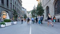 Die Gutenbergstrasse, diesmal mit Blick vom Bahnhofplatz Richtung Neumarkt. (Bild: Beat Belser - 22. August 2018)