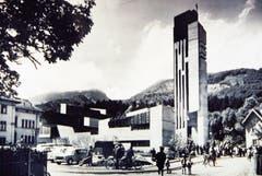 Pfarrer Oswald wirkte auch in der 1965 eingeweihten neuen Kirche.