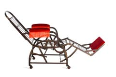 Der Adjustable Chair von George Wilson, 1870 patentiert, erlaubt verschiedene Sitzpositionen. Er wurde an der Weltausstellung in Chicago als «bester Sessel der Welt» angepriesen.