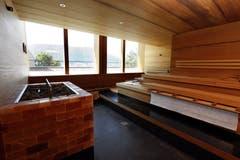 Eine der Saunas im Wellnessbereich.