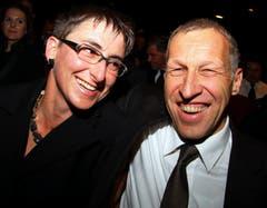 Mit seiner Ehefrau Andrea Wyss besucht Konrad Graber die 17. Theater-Gala der Krankenversicherung CSS im Luzerner Theater im Oktober 2010. (Bild: Archiv LZ)