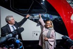 Stadträtin Maria Pappa bei der Einweihung des neuen Bombardier-Doppelstockzuges. (Bild: Beat Belser)