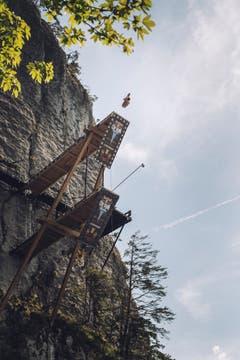 Die Absprunghöhe für Männer beträgt 27 Meter, bei den Frauen 20 Meter. (Bild: Romina Amato / Red Bull)