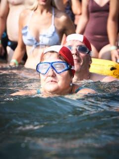 Die einen schwimmen gemütlicher...