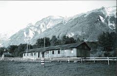 Die durchschnittlich 30 Teilnehmer des Arbeitslagers Lienz-Sennwald im Jahr 1938 waren in einer Militärbaracke untergebracht. (Bild: Staatsarchiv St.Gallen)