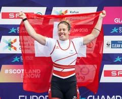 Top-Favoritin Jeannine Gmelin liess der Konkurrenz keine Chance und holte im Skiff EM-Gold. (Bild: EPA/ROBERT PERRY
