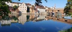 Spiegelstadt im und am Rhein. (Bild: Priska Arnold (Diessenhofen, 30. Juli 2018))