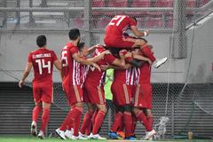 Die Griechen freuen sich über den einfachen Sieg. (Bild: Martin Meienberger, Piräus, 9. August 2018)