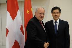 In Peking trifft Bundesrat Johann Schneider-Ammann den Handelsminister Chinas, Zhong Shan. (Bild: Rudolf Minsch (Peking, 6. September 2018))