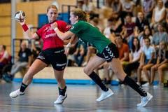 Greta Grandjean behauptet sich gegen eine forsche Gegnerin. (Bild: Philipp Schmidli, Stans, 9. September 2018)