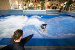 Alleine die Surfanlage hat rund 800'000 Franken gekostet. (Bild: Urs Flüeler / Keystone (Ebikon, 12. September 2018))