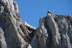 Ungewollt eingeklemmt - Felsformation am Lisengrat. (Bild: Franz Häusler)