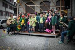 Vielfältige kulturelle Vorführungen waren ein weiteres Markenzeichen des Sufo seit seiner ersten Austragung im Jahr 2005. Im Bild das Jugendorchester «Erst Rächt» bei einem Auftritt am elften Sufo. (Bild: Peer Füglistaller - 30.05.2015)