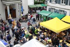 Durchgeführt wurde das Sufo bisher meist im Berufsschulhaus an der Kirchgasse in St.Gallen. Im Bild das bunte Treiben während der Mittagspause. (Bild: Reto Voneschen - 24. Mai 2014)