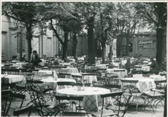 .. und dort Jungs verführt haben, die er im Floragarten kennen lernte. (Bild: Hotelarchiv Schweiz)