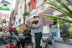 Rigassi & Gräni spielten vor der Melacherä auf. (Bild: André A. Niederberger (Stans, 15. September 2018))