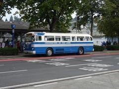 Samstag: Extrafahrten mit Twin Coach 38S DT von 1948. (Bild: Josef Müller)