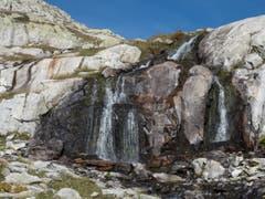 Auf dem Wanderweg zur Fellilücke kommt man an verschiedenen Wasserfällen vorbei. (Bild: Theres Nussbaumer (Oberalp, 20. September 2018))